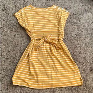 Stripped maternity dress with tie around waist